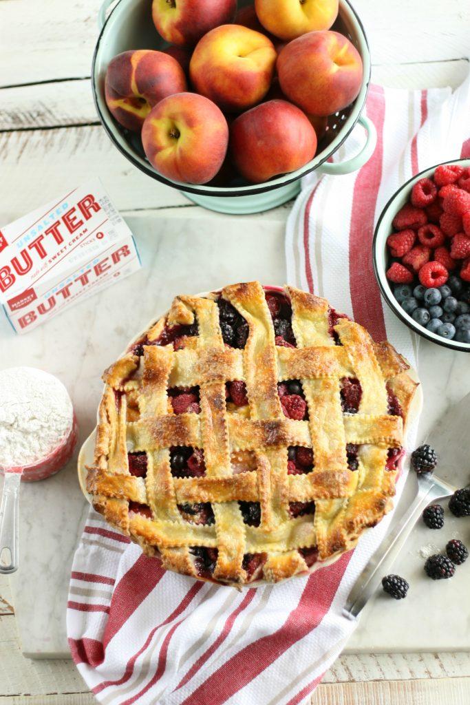 Peach Medley Pie3