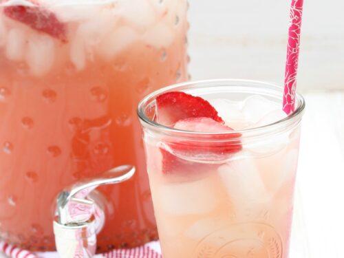 Get the recipe for homemade Strawberry Rhubarb Lemonade. #lemonade #recipes #strawberryrhubarb