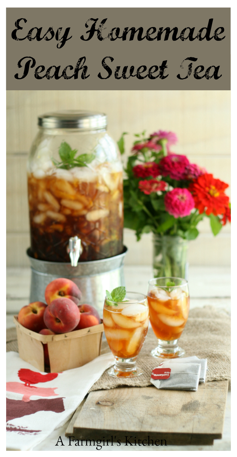 Get ready for summer with Easy Homemade Peach Sweet Tea. Simple to make with all natural ingredients, including sugar and fresh peaches. #recipes #foodblogger #sweettea #peachtea
