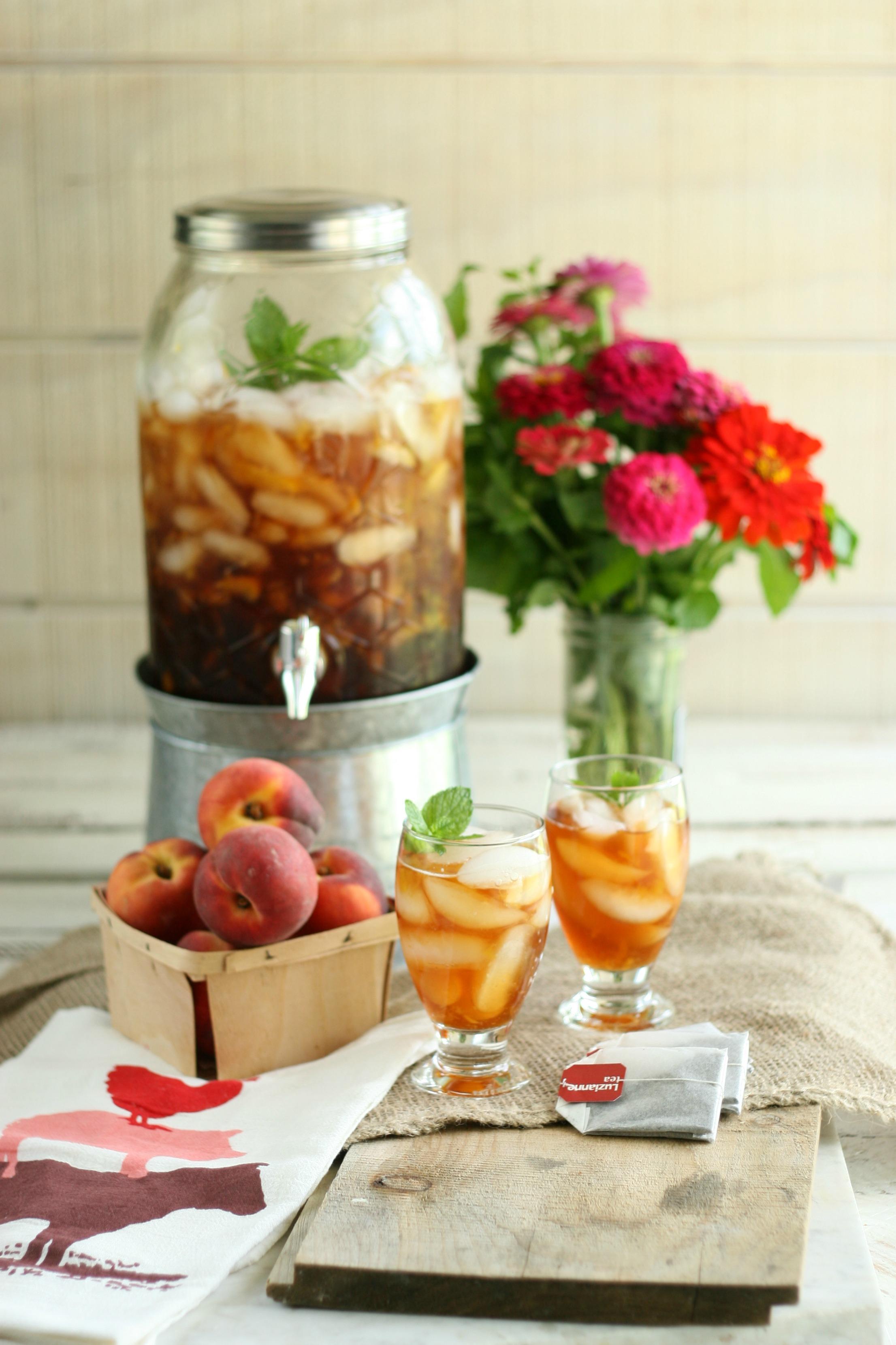 easy homemade peach sweet tea a farmgirl s kitchen