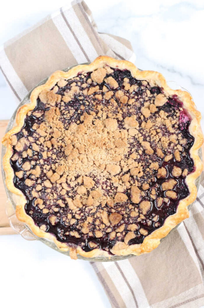 baked blueberry pie with crumble topping